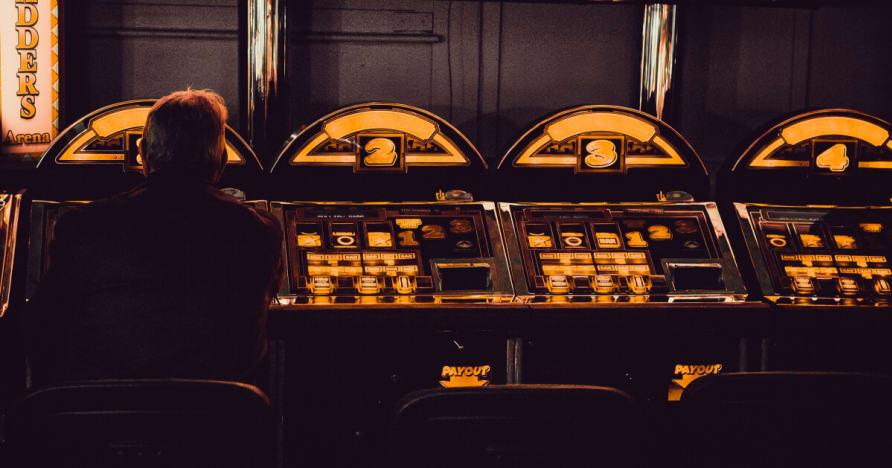 收费的主要优势通过电话赌场